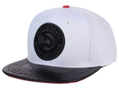 Atlanta Hawks Pro Standard NBA White Black Leather Strapback Hat