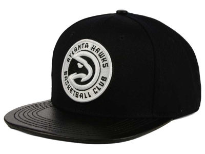 Atlanta Hawks Pro Standard NBA Black on Black Leather Strapback Cap