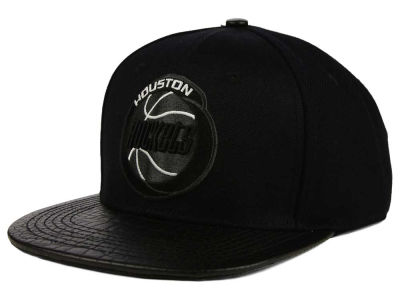 Houston Rockets Pro Standard NBA Black on Black Leather Strapback Cap