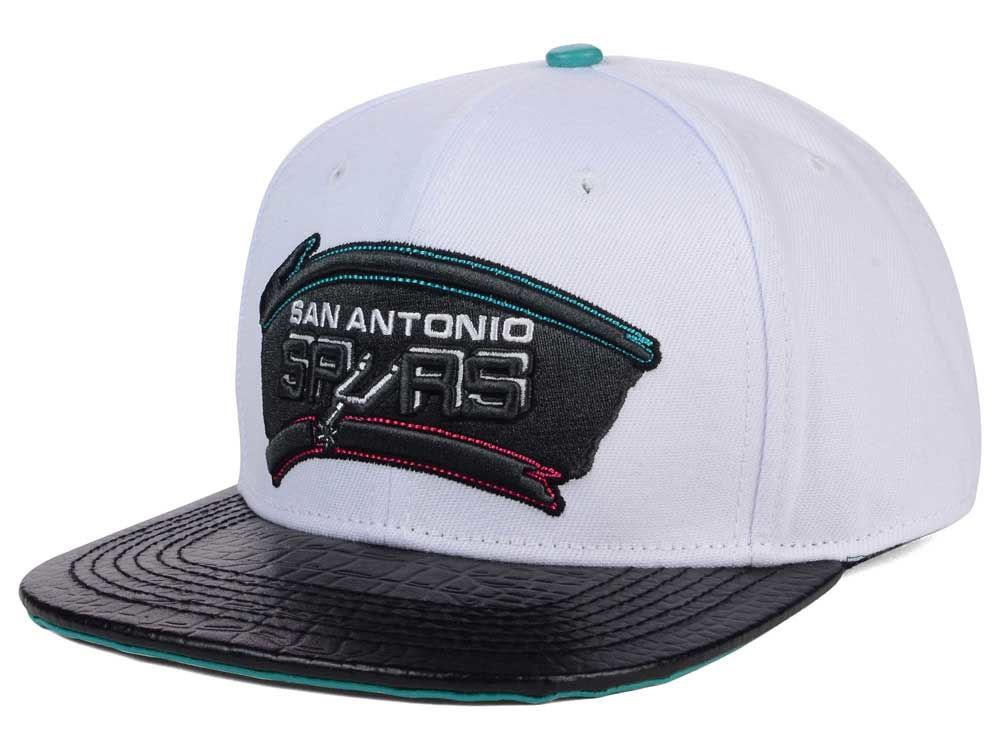1bc8ae21b San Antonio Spurs Pro Standard NBA White Black Leather Strapback Hat ...