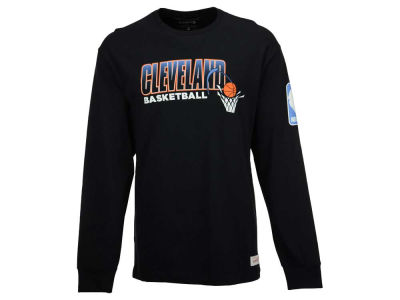 Cleveland Cavaliers Mitchell and Ness NBA Men's Keeping Score Long Sleeve T-Shirt