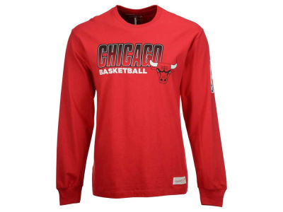 Chicago Bulls Mitchell and Ness NBA Men's Keeping Score Long Sleeve T-Shirt