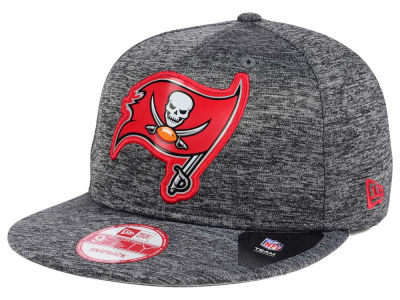 Tampa Bay Buccaneers New Era NFL Shadow Tech 9FIFTY Snapback Cap