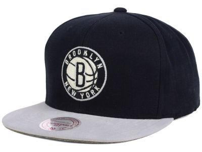 Brooklyn Nets Mitchell and Ness NBA Sandy Off White Snapback Cap
