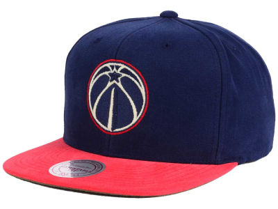 Washington Wizards Mitchell and Ness NBA Sandy Off White Snapback Cap