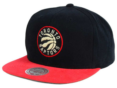 Toronto Raptors Mitchell and Ness NBA Sandy Off White Snapback Cap