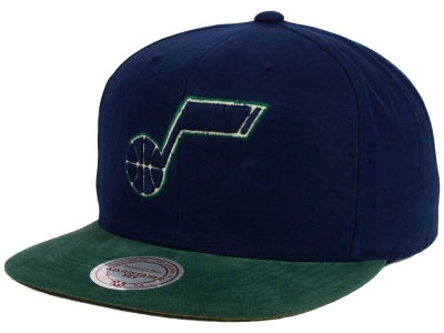Utah Jazz Mitchell and Ness NBA Sandy Off White Snapback Cap
