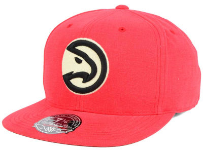 Atlanta Hawks Mitchell and Ness NBA Sandy Off White Logo Fitted Cap