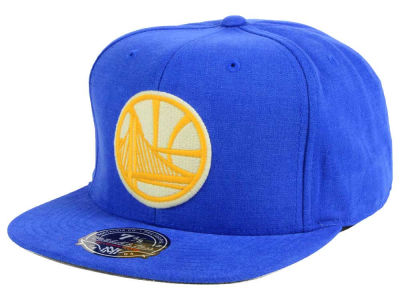 Golden State Warriors Mitchell and Ness NBA Sandy Off White Logo Fitted Cap