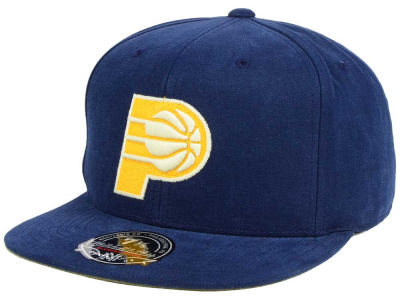 Indiana Pacers Mitchell and Ness NBA Sandy Off White Logo Fitted Cap