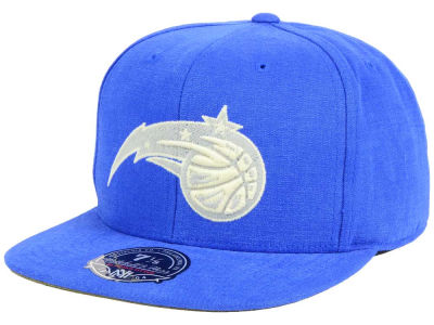 Orlando Magic Mitchell and Ness NBA Sandy Off White Logo Fitted Cap