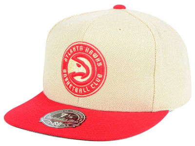 Atlanta Hawks Mitchell and Ness NBA Cream Oxford Fitted Cap