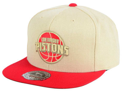 Detroit Pistons Mitchell and Ness NBA Cream Oxford Fitted Cap