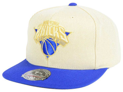 New York Knicks Mitchell and Ness NBA Cream Oxford Fitted Cap