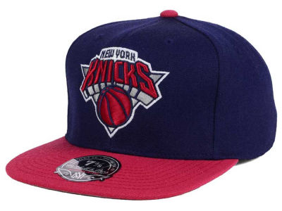 New York Knicks Mitchell and Ness NBA Throwback Fitted Cap