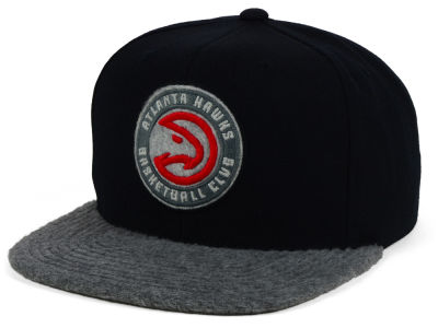 Atlanta Hawks Mitchell and Ness NBA Fuzz 2Tone Fitted Cap