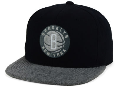 Brooklyn Nets Mitchell and Ness NBA Fuzz 2Tone Fitted Cap