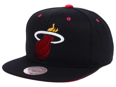 Miami Heat Mitchell and Ness NBA Solid Velour Logo Snapback Cap