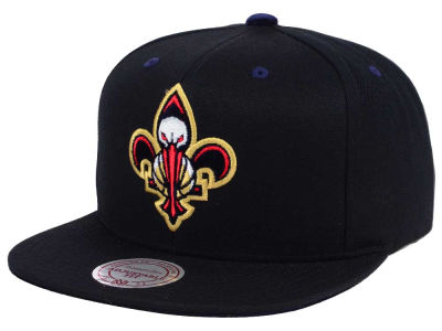 New Orleans Pelicans Mitchell and Ness NBA Solid Velour Logo Snapback Cap