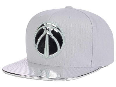 Washington Wizards Mitchell and Ness NBA Metallic Foil Snapback Cap