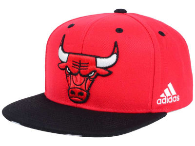 Chicago Bulls adidas NBA Courtside Snapback Cap
