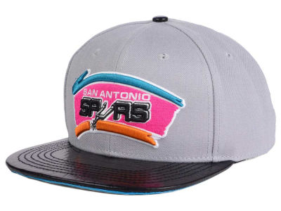 San Antonio Spurs Pro Standard NBA Gray Leather Strapback Cap