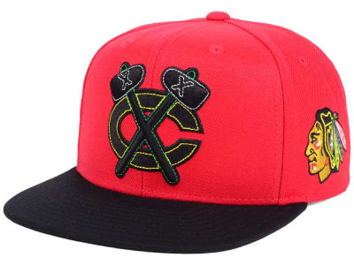Chicago Blackhawks Reebok NHL 3T Snapback Cap