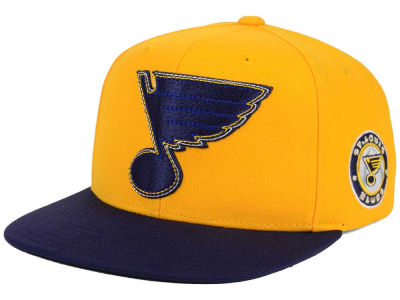 St. Louis Blues Reebok NHL 3T Snapback Cap
