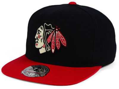 Chicago Blackhawks NHL Current Throwback Fitted Cap