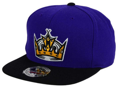 Los Angeles Kings NHL Current Throwback Fitted Cap