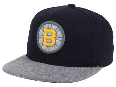 Boston Bruins Mitchell & Ness NHL Fuzz 2Tone Fitted Cap