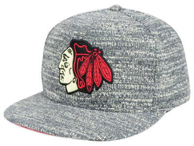 Chicago Blackhawks Mitchell & Ness NHL Gray Noise Snapback Cap