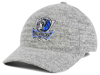 Dallas Mavericks Mitchell & Ness NBA Gray Duster Flex Cap