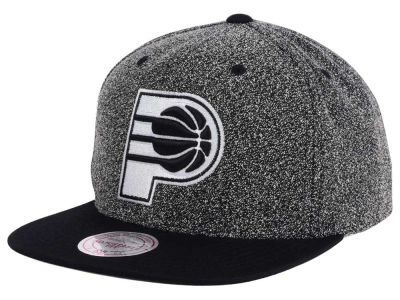 Indiana Pacers Mitchell and Ness NBA Black White Static Logo Snapback Cap