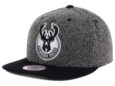 Milwaukee Bucks Mitchell and Ness NBA Black White Static Logo Snapback Cap