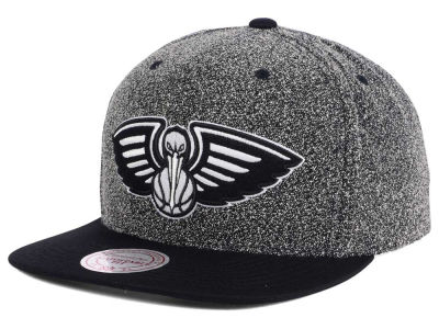 New Orleans Pelicans Mitchell and Ness NBA Black White Static Logo Snapback Cap