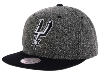 San Antonio Spurs Mitchell and Ness NBA Black White Static Logo Snapback Cap