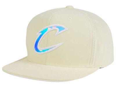 Cleveland Cavaliers Mitchell and Ness NBA White Iridescent Snapback Cap