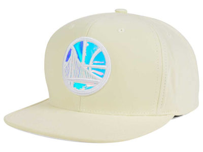 Golden State Warriors Mitchell and Ness NBA White Iridescent Snapback Cap