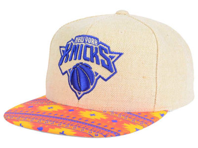 New York Knicks Mitchell and Ness NBA Hemp Crown 2.0 Strapback Cap