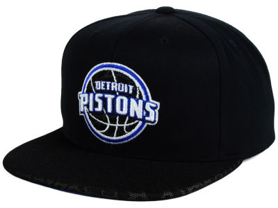 Detroit Pistons Mitchell and Ness NBA Black Reflect Snapback Cap