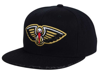 New Orleans Pelicans Mitchell and Ness NBA Black Reflect Snapback Cap