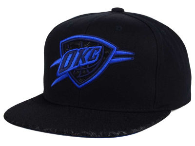 Oklahoma City Thunder Mitchell and Ness NBA Black Reflect Snapback Cap