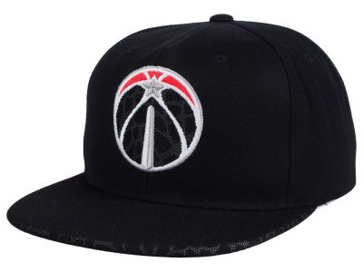 Washington Wizards Mitchell and Ness NBA Black Reflect Snapback Cap