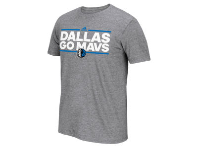 Dallas Mavericks adidas NBA Men's Nue Phrase T-Shirt