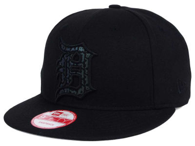 Detroit Tigers New Era MLB XL Iridescent Logo 9FIFTY Snapback Cap