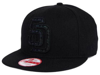 San Diego Padres New Era MLB XL Iridescent Logo 9FIFTY Snapback Cap