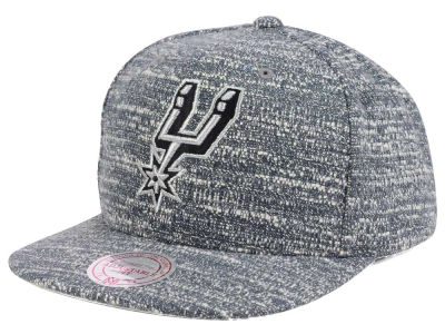 San Antonio Spurs NBA Gray Noise Snapback Cap