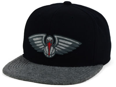 New Orleans Pelicans Mitchell and Ness NBA Fuzz 2Tone Fitted Cap