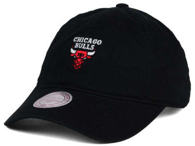 Chicago Bulls Mitchell & Ness NBA Dad Strapback Hat